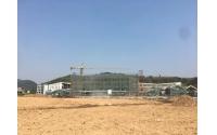 4月13日一台1600KW大型柴油机组交货乐清荆山公学